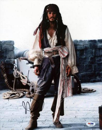 Johnny Depp Pirates Of The Caribbean Signed 11X14 Photo PSA #Q51883