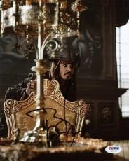 Johnny Depp Pirates Of The Caribbean Signed 8X10 Photo PSA/DNA #W24906