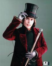 Johnny Depp Signed 8X10 Photo Autograph Charlie and Chocolate Factory GV716235