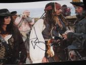 JOHNNY DEPP SIGNED 8x10 PIRATES OF THE CARIBBEAN COA L