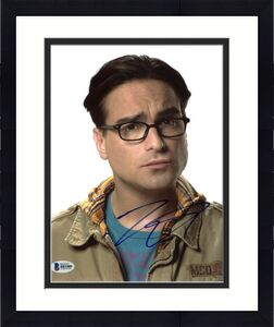 Johnny Galecki The Big Bang Theory Signed 8X10 Photo BAS #B81080