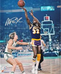 Magic Johnson Los Angeles Lakers Autographed 16'' x 20'' Horizontal Passing Photograph - Mounted Memories