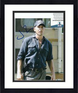 JON BERNTHAL signed (THE WALKING DEAD) Shane Walsh 8X10 photo BECKETT BAS T56528