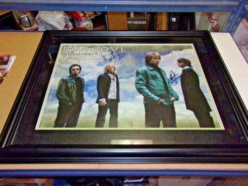 Jon Bon Jovi,richie Sambora +2 Full Band W/coa Signed And Framed 21x26 Photo