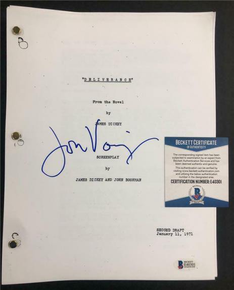 JON VOIGHT autograph signed DELIVERANCE Full Movie Script (A) ~ Beckett BAS COA