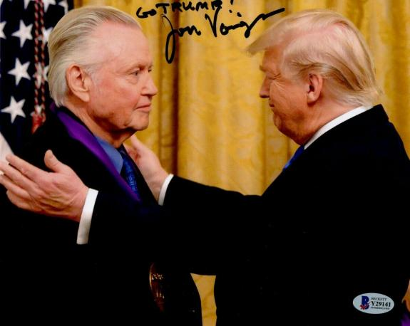 """Jon Voight Signed Autographed 8X10 Photo with Donald Trump """"Go Trump"""" BAS Y29141"""