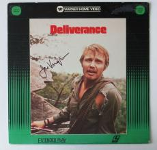 Jon Voight Signed Deliverance Authentic Laser Disc Cover (PSA/DNA) #T49454