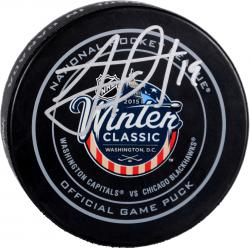 Jonathan Toews Chicago Blackhawks Autographed 2015 Winter Classic Official Game Puck