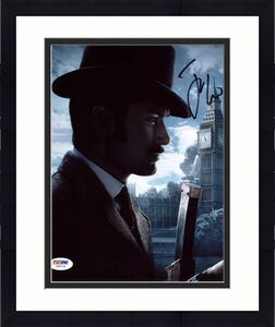 Jude Law Sherlock Holmes Signed 8X10 Photo Autographed PSA/DNA #Z58718