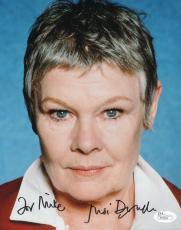 JUDI DENCH HAND SIGNED 8x10 PHOTO    AWESOME POSE FROM 007     TO MIKE      JSA
