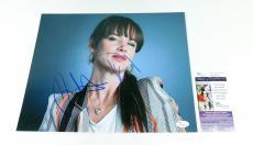 Juliette Lewis Signed 11 x 14 Color Photo Pose #5  JSA Auto