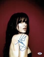 Juliette Lewis Signed Authentic Autographed 11x14 Photo (PSA/DNA) #K63105