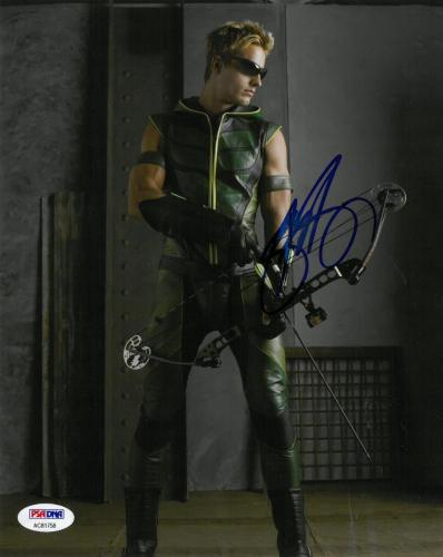 Justin Hartley Signed Smallville Autographed 8x10 Photo PSA/DNA #AC81758