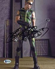 Justin Hartley Smallville Signed 8X10 Photo Autographed BAS #B51428