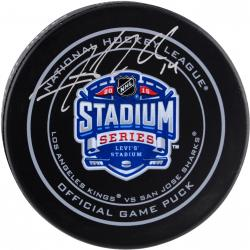Justin Williams Los Angeles Kings Autographed 2015 Stadium Series Logo Hockey Puck