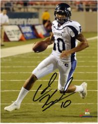 Colin Kaepernick Nevada Wolf Pack Autographed 8'' x 10'' Photograph - Mounted Memories