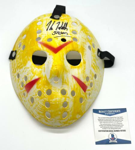 "Kane Hodder ""friday The 13th"" Autograph Signed 'jason' Hockey Mask Beckett Bas 3"