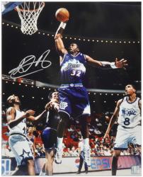 "Karl Malone Utah Jazz Autographed 16"" x 20"" Dunking vs Orlando Magic Photograph"