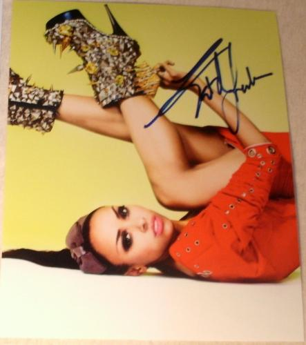 Kat Graham Signed Autograph Flexible Pose Sexy Legs Vampire Diaries Babe Photo