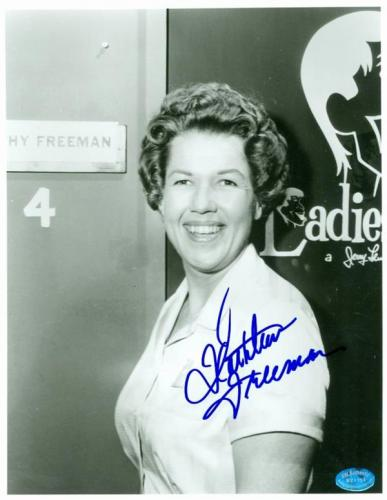 Kathleen Freeman autographed photo (Actress Seen in 100s of roles Penguin Nun in Blues Brothers) size 8x10 Image #671