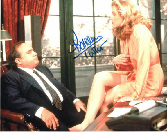 Kathleen Turner Signed Autographed Photo - The War Of The Roses, Danny Devito
