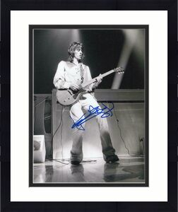KEITH RICHARDS SIGNED AUTOGRAPHED 11x14 PHOTO THE ROLLING STONES GUITAR, YOUNG 1