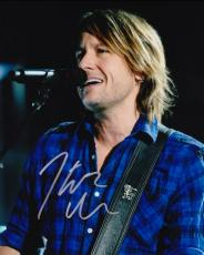 Keith Urban Signed - Autographed Concert 8x10 Photo - American Idol Judge - Country Singer