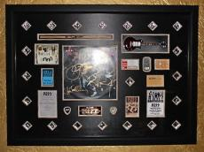 KISS ALIVE signed autographed LP Record FRAMED GUITAR Gene Simmons Ace Frehley