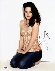 Kristen Stewart Signed Authentic Autographed 11x14 Photo PSA/DNA #AB88892