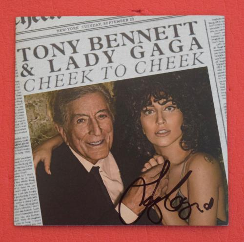 Lady Gaga Signed Autographed Cheek To Cheek CD Booklet Tony Bennett
