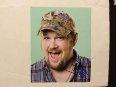 Larry The Cable Guy Hand Signed 8x10 Photo Autographed d