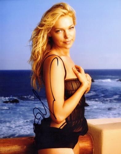 Laura Prepon Signed - Autographed Sexy Swimsuit 8x10 inch Photo - Guaranteed to pass PSA or JSA - Orange is the new Black -That 70's Show Actress