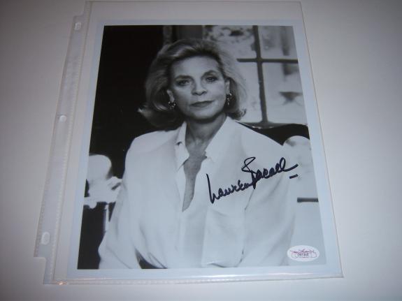 Lauren Bacall Actress Jsa/coa Signed 8x10 Photo