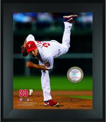 Cliff Lee Philadelphia Phillies Framed 20'' x 24'' Gamebreaker Photograph with Game-Used Ball - Mounted Memories
