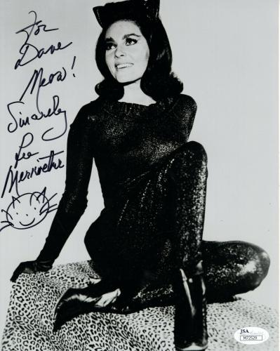 LEE MERIWETHER HAND SIGNED 8x10 PHOTO        SEXY CATWOMAN     TO DAVE       JSA