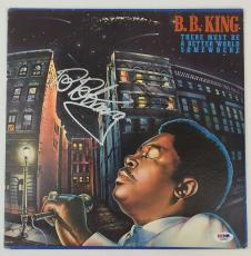 LEGEND!!! BB King BLUES Signed THERE MUST BE A BETTER WORLD LP Album PSA/DNA LOA