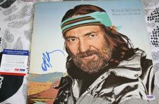 LEGEND Willie Nelson signed album, Always On My Mind, Honeysuckle Rose, PSA/DNA