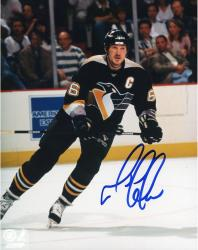 LEMIEUX, MARIO AUTO (PENGUINS/BLACK JERSEY/BLUE INK) 8x10 - Mounted Memories