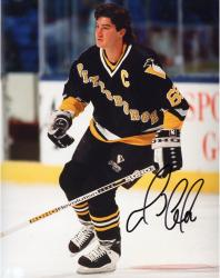 LEMIEUX, MARIO AUTO (PENGUINS/NO HELMET) 8X10 PHOTO - Mounted Memories
