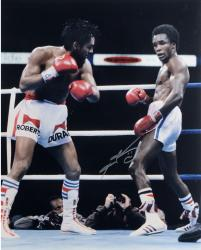 Sugar Ray Leonard Autographed 16'' x 20'' vs. Roberto Duran Photograph - Mounted Memories