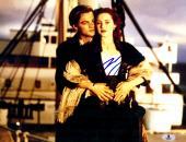 "Leonardo DiCaprio Autographed 11""x 14"" Titanic Holding Kate Winslet Photograph - BAS COA"