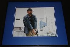 Leonardo Dicaprio Signed Framed 11x14 Photo AW Body of Lies