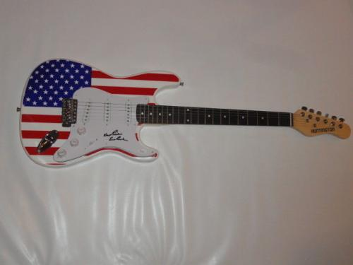 Les Paul Signed Usa Flag Electric Strat Guitar Legend Autographed Jsa Loa