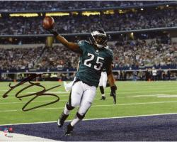 "LeSean McCoy Philadelphia Eagles Autographed 8"" x 10"" Touchdown vs. Dallas Cowboys Photograph"