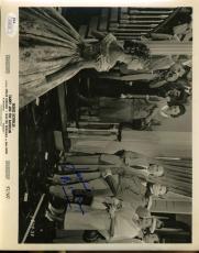 Leslie Nielsen Signed Jsa Certified 8x10 Photo Authenticated Autograph