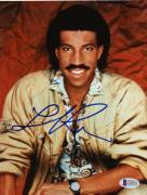 """Lionel Richie Autographed 8""""x 10"""" Smiling Photograph - Beckett COA"""