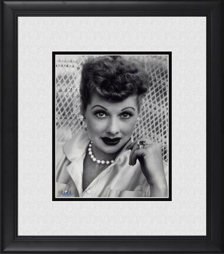 """Lucille Ball I Love Lucy Framed 8"""" x 10"""" Portrait in Pearls Photograph"""