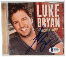 Luke Bryan Autographed Tailgates and Tanlines CD Booklet - Beckett COA