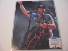 Luke Bryan Country Musician Kick The Dust Up Beckett/coa Signed 11x14 Photo