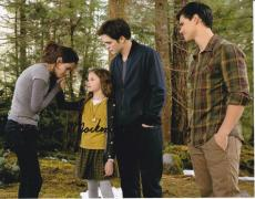 Mackenzie Foy signed The Twilight Saga: Breaking Dawn 8x10 photo W/Coa Proof #11